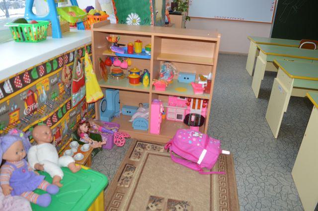 Стенки для игрушек в детский сад