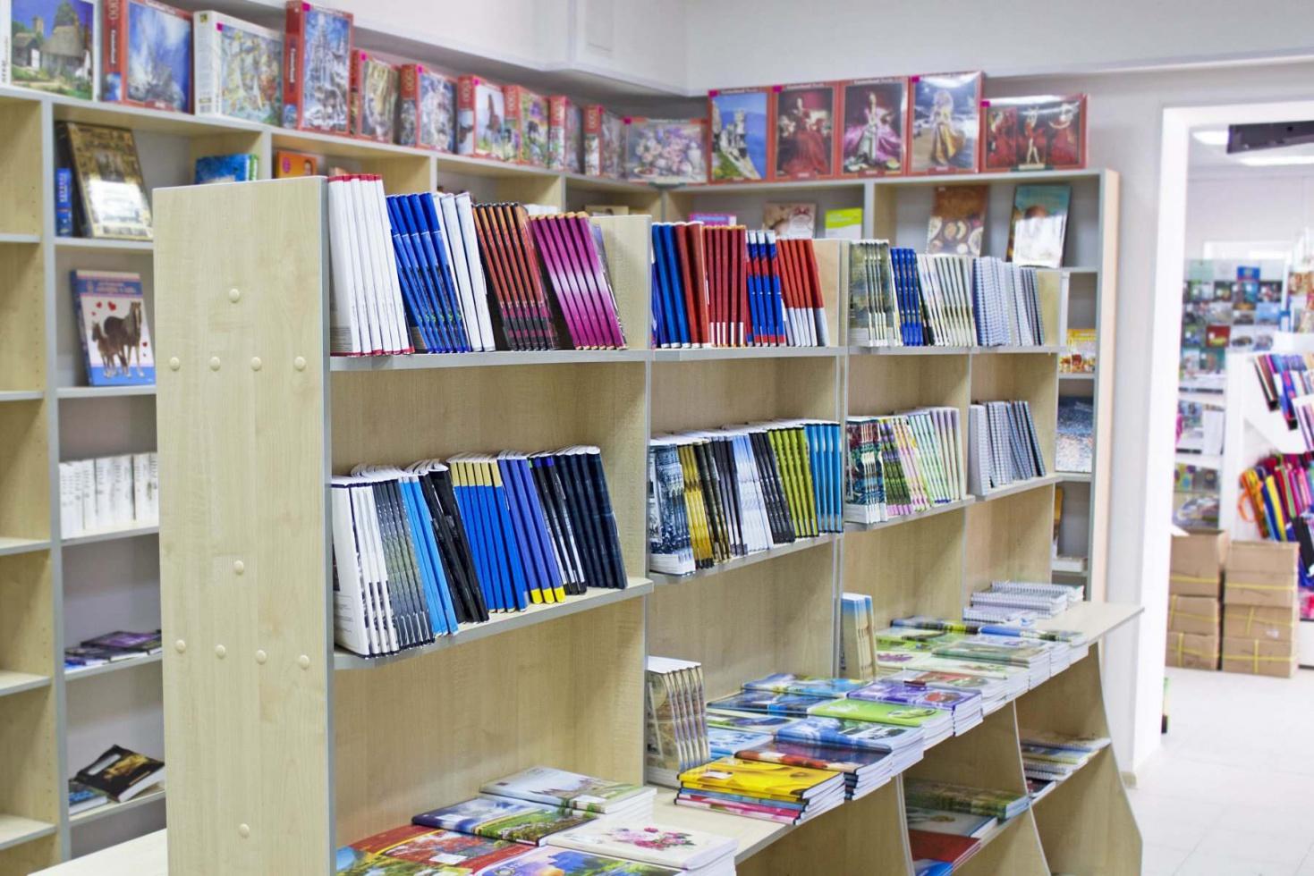 Мебель для книжного магазина