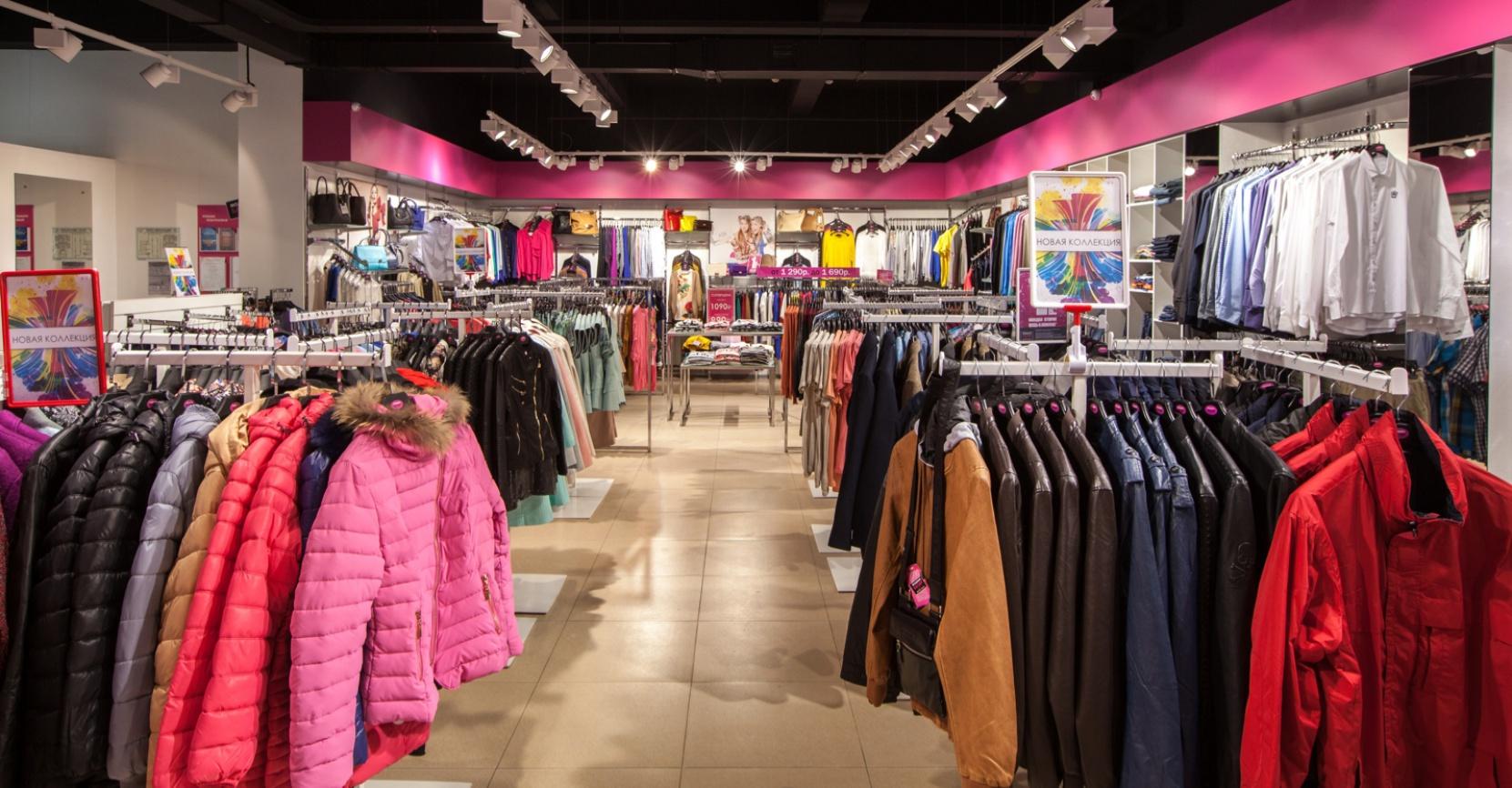 Мебель для магазина одежды